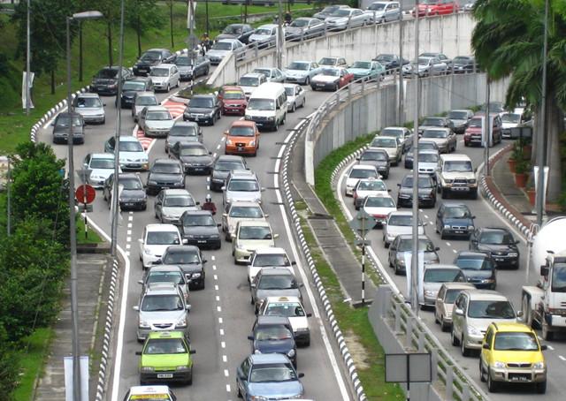 堵车最长的世界记录在中国 作者: 来源:网络
